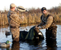 Avery Floating Decoy Bag